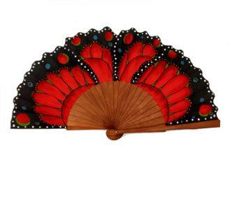 Abanico mariposa hecho artesanalmente en España, varillas de madera de peral pulido y país de algodón. Pintado a mano. 23cm de varilla .